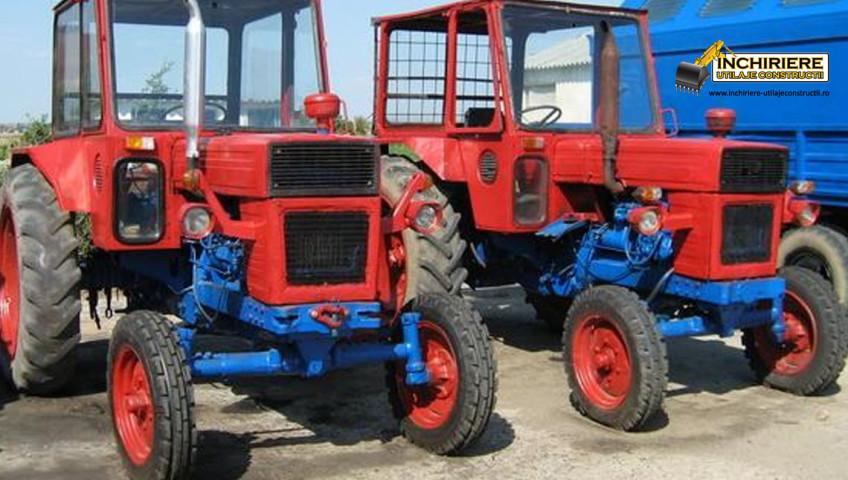Inchiriere Tractor U650
